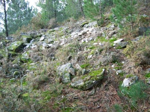 Antiga canteira nas inmediacións do Monte Pituco.