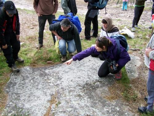 Nos petroglifos do Monte Pornedo.