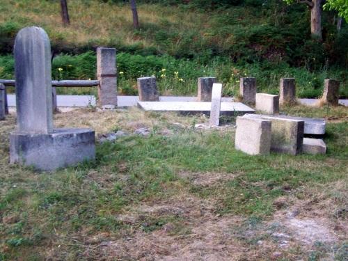 Obras de reubicación do mobiliario que había na área recreativa do Monte Pituco.