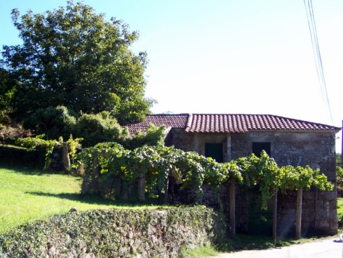 Unha antiga casa de aldea na parroquia de Lérez.