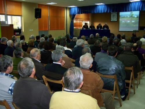 Asemblea extraordinaria de comuneiros de Salcedo.