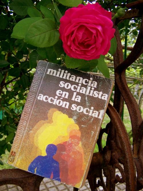"""""""Militancia socialista en la acción social"""" (Psoe, 1983)."""