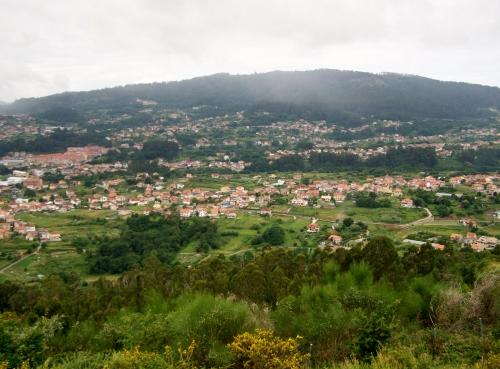 Vista de Moaña dende o Miradoiro dos Parientes.