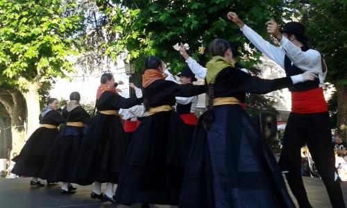 Grupo de Baile de Airiños de San Xulián.
