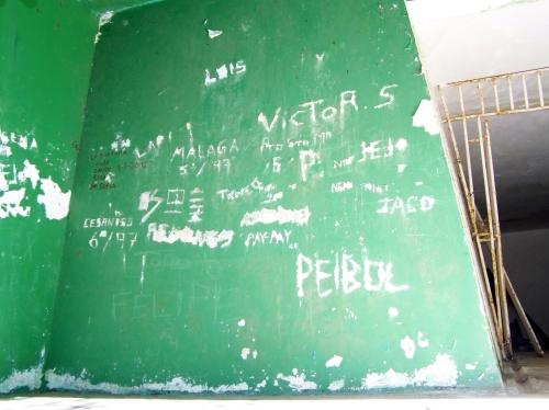 Marcas na parede do antigo polvorín.