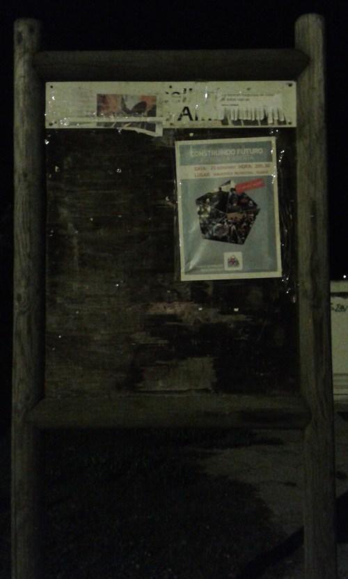 Taboleiro informativo en San Pedro. Só quedaba o cartelón do BNG.