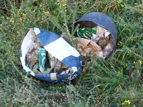 Lixo na pista do Pituco.