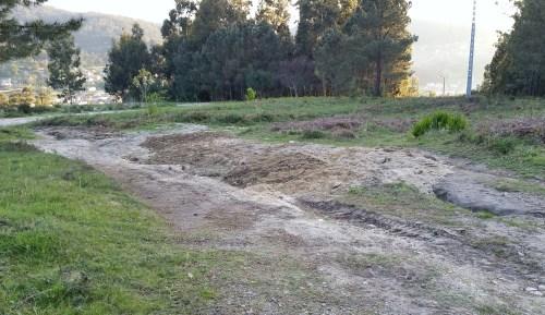 Camiño reparado pola Comunidade de Montes.