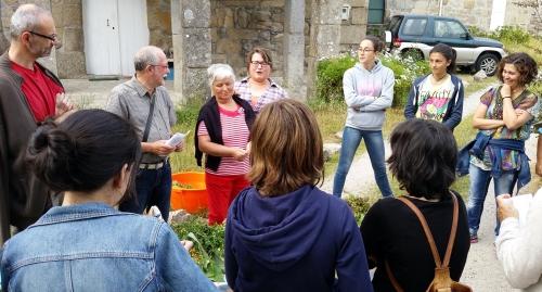 Charla sobre as herbas de San Xoán organizada por Vaipolorío.