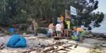 Limpeza da praia organizada polaAPDR