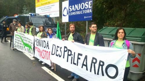 Protesta no inicio das obras.