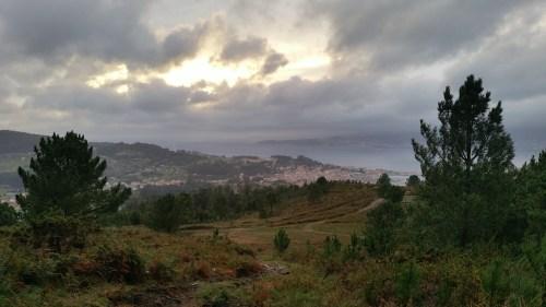Vista da ría dende o val do Pornedo (Pituco).