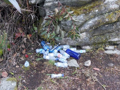 Residuos acumulados trala proba deportiva. (Foto: M. López)