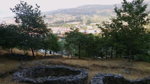 Vista do Monte Pituco dende o castro da SubidáLadeira do Castro da Subidá
