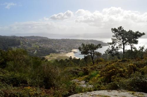 Vistas dende o Monte do Castro, nos montes de Hío.