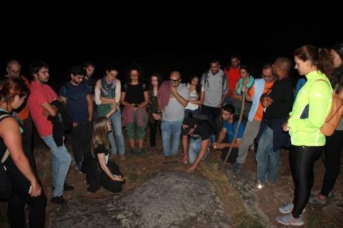Ruta nocturna polo Espazo Sete Camiños co grupo Comunix