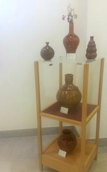Mostra de cerámica de Laura Villanueva, Alén das olas.