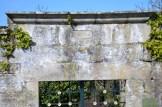 Detalle da cabeceira da entrada