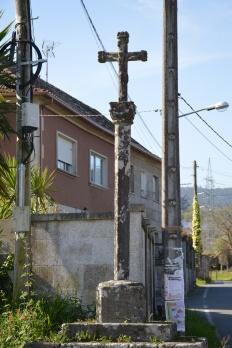 Nos arredores da igrexa parroquial de Salcedo