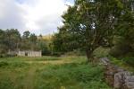 Casa abandonada preto do petróglifo de OSoutiño